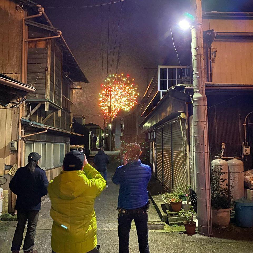 港下町と花火